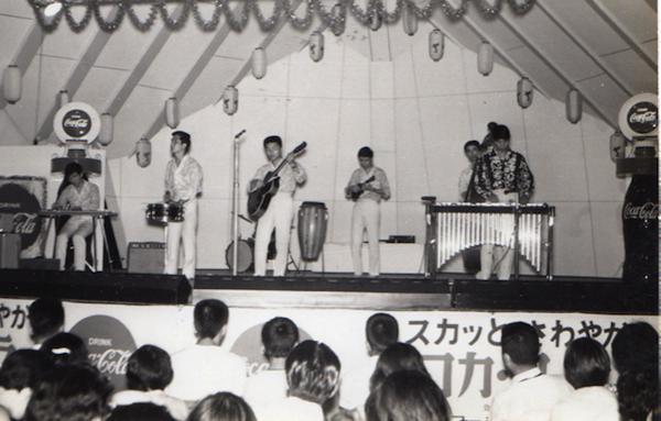昭和42年、夏の富士急ハイランド。ジュニアバンド時代にTBS主催の公開録音番組に出演。